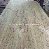 Hermosa Mariposa de madera de teca de grano para los muebles de madera contrachapada