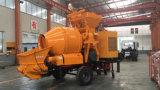 La pompe concrète de remorque peut être frottée par un entraîneur de moteur à différents sites pour le pompage concret et le transport