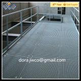 O tratamento da água planta o Grating da plataforma