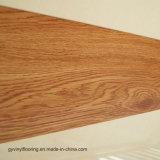 Plancher desserré en bois jaune de PVC de vinyle de support de configuration de Paatern