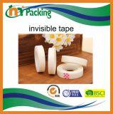 Individuo del mercado estupendo que empaqueta la cinta invisible del rasgón fácil para movible