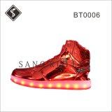 Caricamenti del sistema della scarpa da tennis delle donne LED di modo con Outsole superiore e chiaro di cuoio