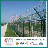 Авиапорт покрынный PVC гальванизированный ограждая загородку безопасности авиапорта провода /Barbed