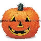 Halloweenの子供党供給のピニャータ