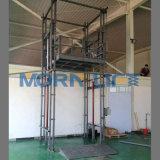 Elevación material vertical al aire libre de la fábrica para las mercancías del cargamento