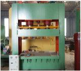 Commande numérique par ordinateur feuilletante faite face par film en bambou de contre-plaqué coupant la machine d'écaillement chaude hydraulique froide de placage de presse, presse chaude
