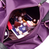 女性の女性の女の子の方法旅行肩の余暇のバックパック