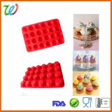 L'emballage 24 empreintes en silicone Customed micro-ondes Mulffin Pan Pan de cuisson Mini