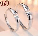 로듐에 의하여 도금되는 교전 결혼식 은 보석을%s 가진 925 순은 반지