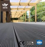 WPCの建築材料屋外の防水WPCのフロアーリングのDecking