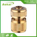 """3/4の""""調節可能な管のコネクターホースの接続の黄銅のコネクター"""