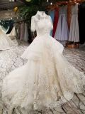 Une ligne robe de mariage élevée de collet de ruche de Champagne