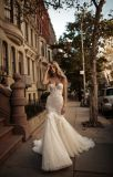Fleur sans bretelles perlant la robe nuptiale d'usager de bal d'étudiants de soirée d'Applique