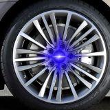 自動装飾4PCSの中心の帽子LED車車輪ライト