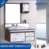 Diseño reflejado PVC modificado para requisitos particulares de la vanidad del cuarto de baño