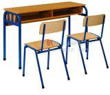 Nuevos escritorio y silla dobles de madera del estudiante de los muebles de escuela del diseño