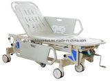 Chargement automatique de l'hôpital chirurgical Premiers secours médical du patient Lit de livraison