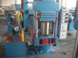 Caoutchouc hydraulique corrigeant la presse