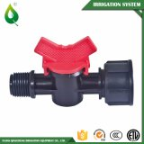 Robinet à tournant sphérique de PVC de la Chine avec le traitement en plastique pour l'irrigation