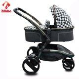 Baby-Auto mit Rahmen und zwei in einem