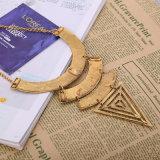 Retro collana del maglione della lega placcata di Trangle oro geometrico per le ragazze