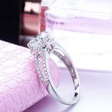 Anello d'argento placcato cubico dell'oro bianco di Zirconia 18K di alta qualità