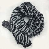 冬の暖かい点検されたヒョウのシマウマの印刷の厚く編まれた編まれたショールのスカーフ(SP264)のような女性のアクリルの可逆カシミヤ織