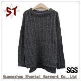 A produção de originais de malha soltas suéter com mais espesso para o Inverno