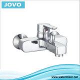 Les articles sanitaires choisissent la baignoire fixée au mur Mixer&Faucet Jv70602 de traitement