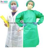Hospital impermeable SMS/PP/Protección NONWOVEN Bata de médico, quirúrgico, los visitantes/bata de examen, el paciente vestido, el aislamiento de CPE de Bata, delantal de PE desechables, CPE alimentación bata