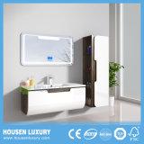 2018 última venda quente MDF para casa de banho com espelho LED HS-Q1110-900