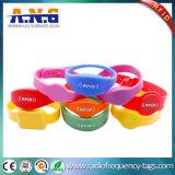 De comfortabele Armband van het Silicone RFID van HF Flexibele voor Partij