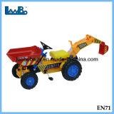 Diseño de moda de alta calidad a los niños al aire libre del pedal coche de juguete