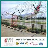 Разделительная стена /Airport загородки ячеистой сети обеспеченностью бритвы столба высокого качества y колючий