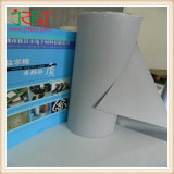 Теплоизоляции силиконового герметика салфеткой с серого цвета