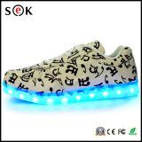 2016 ботинок тапок СИД Unisex людей женщин светлых проблескивая, вскользь обязанность СИД USB освещают вверх ботинки СИД светлые