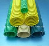 Os chineses manufaturam a mangueira ondulada flexível da sução do PVC da espiral