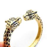 Braccialetti neri di modo del Rhinestone del leopardo del doppio dello smalto placcati oro