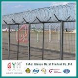 Cerca del aeropuerto de alambre soldado Concertina valla de alambre de púas de afeitar