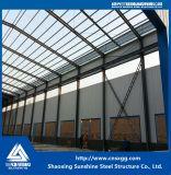 Construcción prefabricada de la estructura de acero de la luz del edificio con el braguero para el almacén
