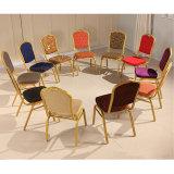 Banquete do casamento do metal da pilha do uso do hotel que janta a cadeira