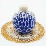Sfera Squishy della maglia - sfera di gomma di sforzo dell'uva dello sfiato - che comprime la sfera di distensione della tensione - azzurro