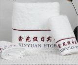 100%年のテリーの綿によって刺繍されるロゴのホテルの浴室タオル