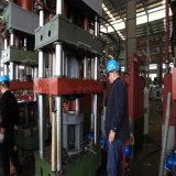 Máquina da manufatura do cilindro do LPG da imprensa do desenho profundo da coluna