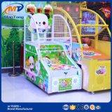 Het binnen Muntstuk stelde de Elektronische Machine van het Spel van de Arcade van het Basketbal in werking
