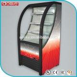 Refrigeratore aperto di Multideck per le bevande di energia