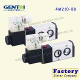 Elettrovalvola a solenoide pneumatica di controllo di aria di modo di buona qualità 4m220 5/2 doppia