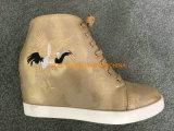 Nouveau design de mode de broderie chaussures occasionnel pour les femmes