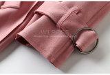 Capa de foso ceñida ante americano de la cintura del color de rosa de la orden