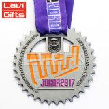 Échantillon gratuit Custom Métal 3D de l'exécution Sport médaille avec ruban violet